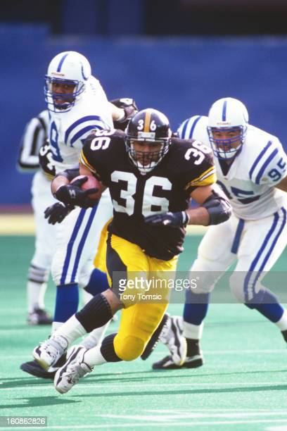Runningback Jerome Bettis of the Pittsburgh Steelers runs with the ball during a game on December 29 1996 against the Indianapolis Colts at Three...