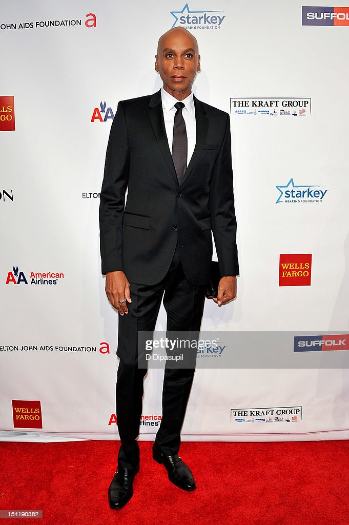 <a gi-track='captionPersonalityLinkClicked' href=/galleries/search?phrase=RuPaul&family=editorial&specificpeople=963117 ng-click='$event.stopPropagation()'>RuPaul</a> attends the Elton John AIDS Foundation's 11th Annual 'An Enduring Vision' Benefit at Cipriani Wall Street on October 15, 2012 in New York City.