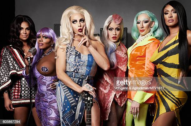 Rupaul's Drag Race All Stars Roxxxy Andrews Coco Montrese Alyssa Edwards Phi Phi O'Hara Detox and Tatianna pose for a portrait at the 2016 MTV Video...