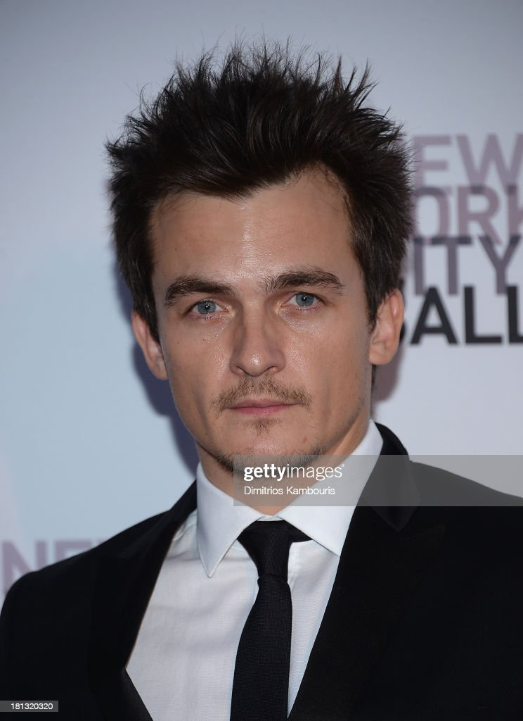 <a gi-track='captionPersonalityLinkClicked' href=/galleries/search?phrase=Rupert+Friend&family=editorial&specificpeople=830314 ng-click='$event.stopPropagation()'>Rupert Friend</a> attends New York City Ballet 2013 Fall Gala at David H. Koch Theater, Lincoln Center on September 19, 2013 in New York City.