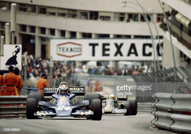 Rupert Keegan drives the Penthouse Rizla Racing Hesketh 308E Ford Cosworth during the Grand Prix of Monaco on 22 May 1977 on the streets of the...