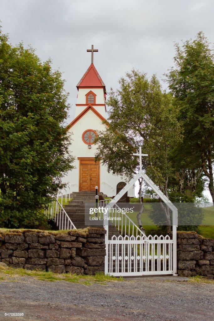Rural church in Hvolsvöllur, Iceland : Foto de stock