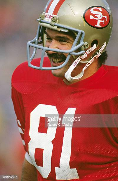 Russ Francis of the San Francisco 49ers during Super Bowl XIX against the Miami Dolphins on January 20 1985 in Stanford California The 49ers defeated...