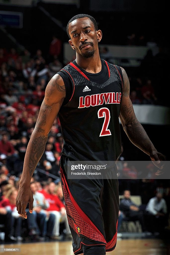 Russ Smith #2 of the Louisville Cardinals plays against of the Western Kentucky Hilltoppers at Bridgestone Arena on December 22, 2012 in Nashville, Tennessee.