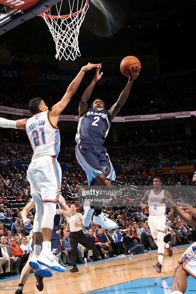 Russ Smith #2 of the Memphis Grizzlies shoots against the Oklahoma City Thunder on February 11, 2015 at Chesapeake Energy Arena in Oklahoma City, Oklahoma.