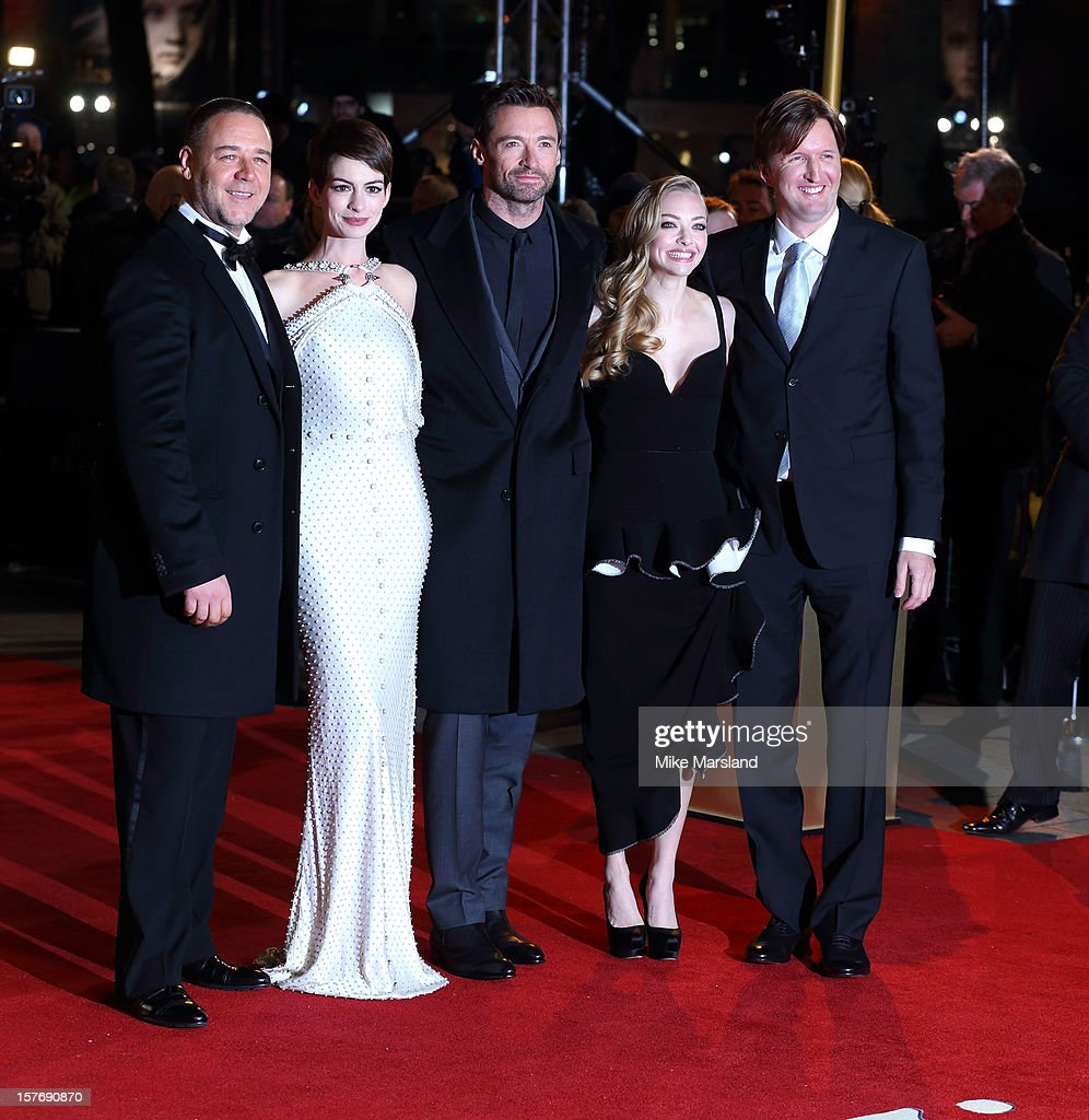 <a gi-track='captionPersonalityLinkClicked' href=/galleries/search?phrase=Russell+Crowe&family=editorial&specificpeople=202609 ng-click='$event.stopPropagation()'>Russell Crowe</a>, <a gi-track='captionPersonalityLinkClicked' href=/galleries/search?phrase=Anne+Hathaway+-+Actress&family=editorial&specificpeople=11647173 ng-click='$event.stopPropagation()'>Anne Hathaway</a>, <a gi-track='captionPersonalityLinkClicked' href=/galleries/search?phrase=Hugh+Jackman&family=editorial&specificpeople=202499 ng-click='$event.stopPropagation()'>Hugh Jackman</a>, <a gi-track='captionPersonalityLinkClicked' href=/galleries/search?phrase=Amanda+Seyfried&family=editorial&specificpeople=216619 ng-click='$event.stopPropagation()'>Amanda Seyfried</a> and <a gi-track='captionPersonalityLinkClicked' href=/galleries/search?phrase=Tom+Hooper&family=editorial&specificpeople=681836 ng-click='$event.stopPropagation()'>Tom Hooper</a> attend the World Premiere of 'Les Miserables' at Odeon Leicester Square on December 5, 2012 in London, England.