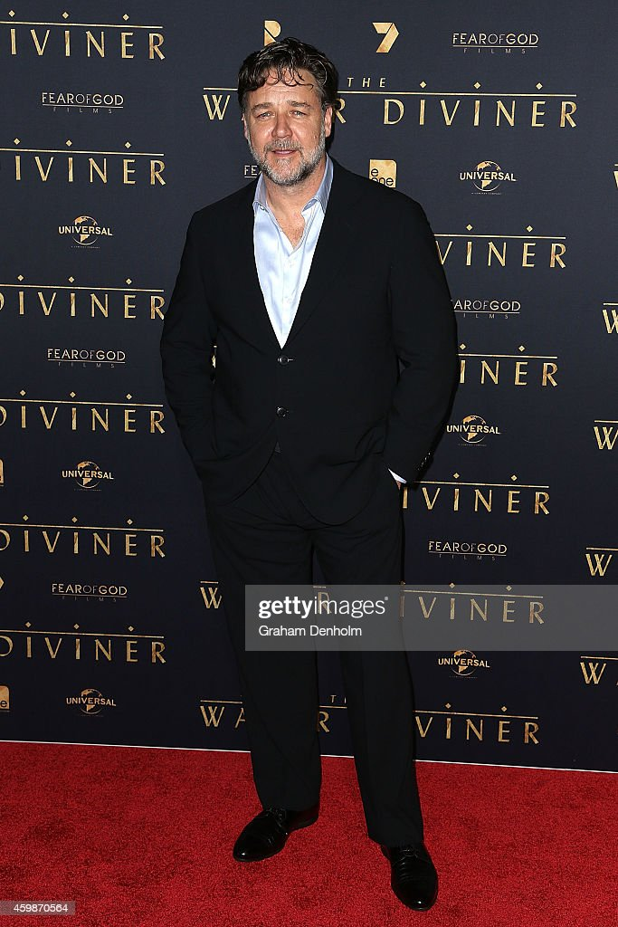 <a gi-track='captionPersonalityLinkClicked' href=/galleries/search?phrase=Russell+Crowe&family=editorial&specificpeople=202609 ng-click='$event.stopPropagation()'>Russell Crowe</a> arrives at the Melbourne Premier of 'The Water Diviner' at Rivoli Cinema on December 3, 2014 in Melbourne, Australia.