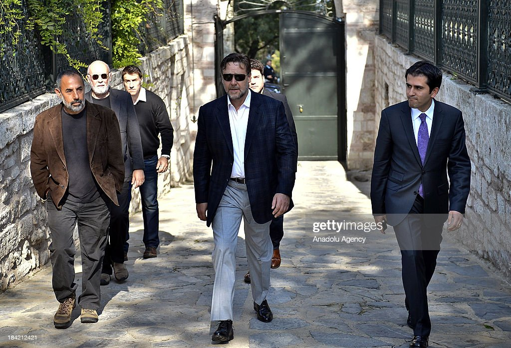 Russell Crowe (C) arrives in the Grand Kiosk, also known as the Mecidiye Kiosk which is located inside the Topkapi Palace to meet with Turkish Culture and Tourism Minister Omer Celik (not pictured) on 12 October 2013 in Istanbul, Turkey. Russell Crowe met with Minister Omer Celik to talk about his upcoming movie 'The Water Diviner' which is about an Australian father's search of his two missing son after the Battle of Gallipoli in 1919.