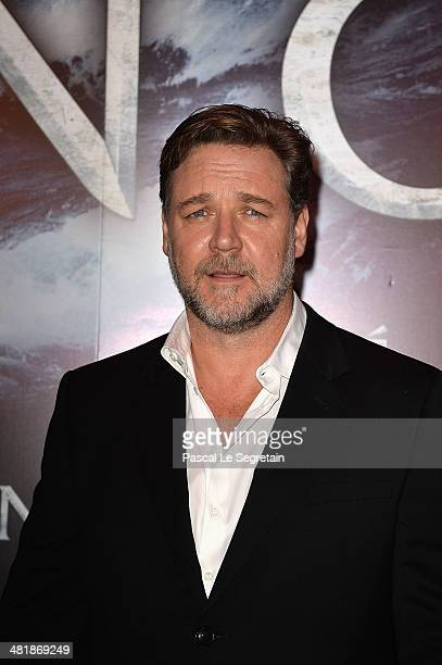 Russell Crowe attends the Paris Premiere of 'NOAH' at Cinema Gaumont Marignan on April 1 2014 in Paris France