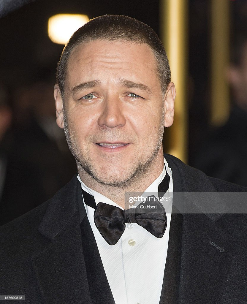 <a gi-track='captionPersonalityLinkClicked' href=/galleries/search?phrase=Russell+Crowe&family=editorial&specificpeople=202609 ng-click='$event.stopPropagation()'>Russell Crowe</a> attends the world premiere of 'Les Miserables' at Odeon Leicester Square on December 5, 2012 in London, England.