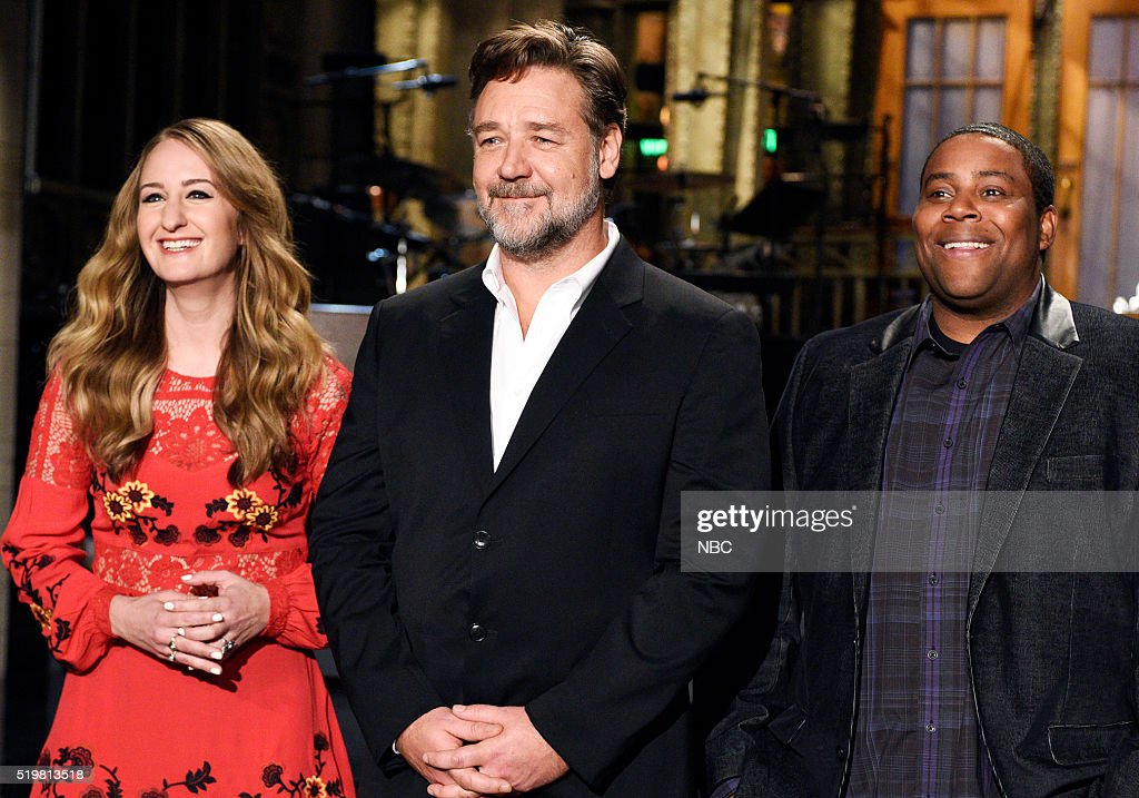LIVE -- '<a gi-track='captionPersonalityLinkClicked' href=/galleries/search?phrase=Russell+Crowe&family=editorial&specificpeople=202609 ng-click='$event.stopPropagation()'>Russell Crowe</a>' Episode 1700 -- Pictured: (l-r) Musical guest Margo Price, host <a gi-track='captionPersonalityLinkClicked' href=/galleries/search?phrase=Russell+Crowe&family=editorial&specificpeople=202609 ng-click='$event.stopPropagation()'>Russell Crowe</a>, and Keenan Thompson on April 7, 2016 --