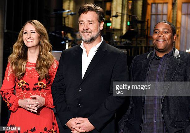 LIVE 'Russell Crowe' Episode 1700 Pictured Musical guest Margo Price host Russell Crowe and Keenan Thompson on April 7 2016