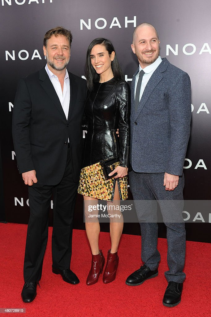 <a gi-track='captionPersonalityLinkClicked' href=/galleries/search?phrase=Russell+Crowe&family=editorial&specificpeople=202609 ng-click='$event.stopPropagation()'>Russell Crowe</a>, <a gi-track='captionPersonalityLinkClicked' href=/galleries/search?phrase=Jennifer+Connelly&family=editorial&specificpeople=201581 ng-click='$event.stopPropagation()'>Jennifer Connelly</a> and <a gi-track='captionPersonalityLinkClicked' href=/galleries/search?phrase=Darren+Aronofsky&family=editorial&specificpeople=841696 ng-click='$event.stopPropagation()'>Darren Aronofsky</a> attend the 'Noah' New York premiere at Ziegfeld Theatre on March 26, 2014 in New York City.