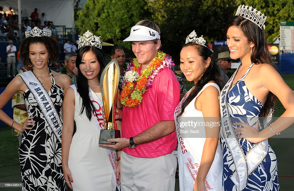 <a gi-track='captionPersonalityLinkClicked' href=/galleries/search?phrase=Russell+Henley&family=editorial&specificpeople=6919717 ng-click='$event.stopPropagation()'>Russell Henley</a> poses with beauty pageant queens from Hawaii during the trophy ceremony at the Sony Open in Hawaii at Waialae Country Club on January 13, 2013 in Honolulu, Hawaii.