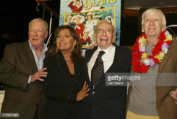 Russell Johnson Dawn Wells Sherwood Schwartz and Bob Denver in front of the 'SS Minow'