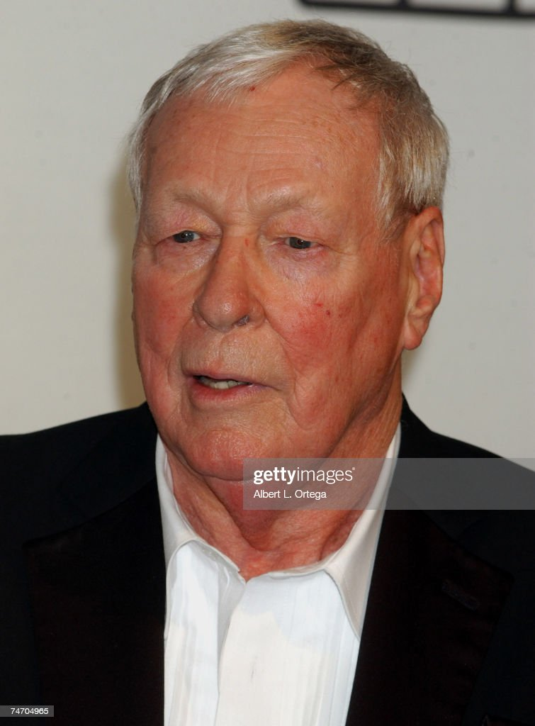 Russell Johnson, winner of Pop Culture Award for 'Gilligan's Island' at the The Hollywood Palladium in Hollywood, California