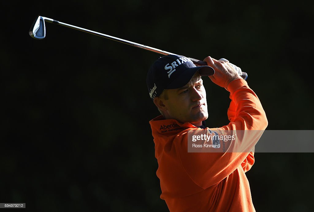 Russell Knox of Scotland tees off onthe 2nd hole during day one of the BMW PGA Championship at Wentworth on May 26, 2016 in Virginia Water, England.