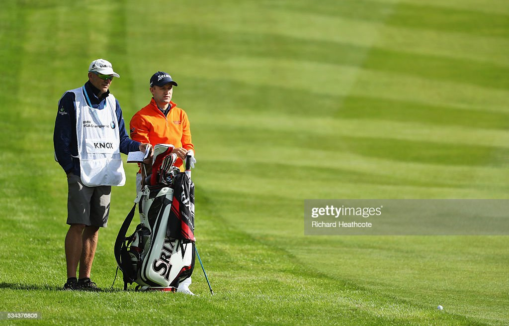 <a gi-track='captionPersonalityLinkClicked' href=/galleries/search?phrase=Russell+Knox&family=editorial&specificpeople=7657969 ng-click='$event.stopPropagation()'>Russell Knox</a> of Scotland waits on the 4th hole during day one of the BMW PGA Championship at Wentworth on May 26, 2016 in Virginia Water, England.