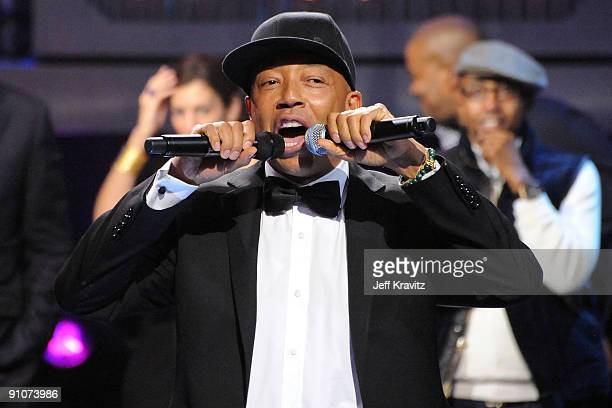 Russell Simmons speaks onstage at the 2009 VH1 Hip Hop Honors at the Brooklyn Academy of Music on September 23 2009 in the Brooklyn borough of New...