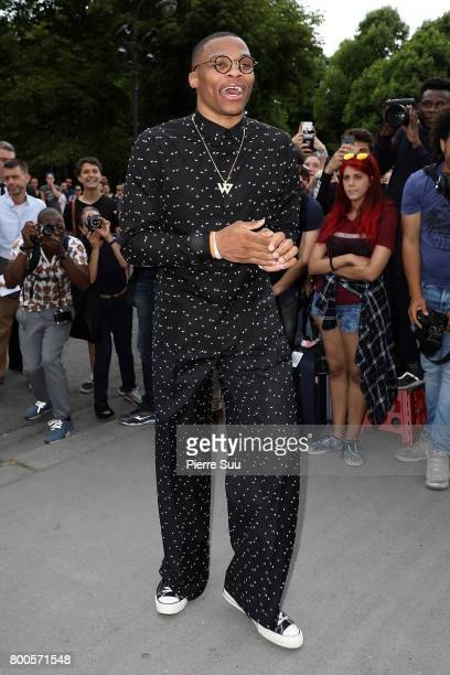 Russell Westbrook arrives at the Dior Homme Menswear Spring/Summer 2018 show as part of Paris Fashion Week on June 24 2017 in Paris France