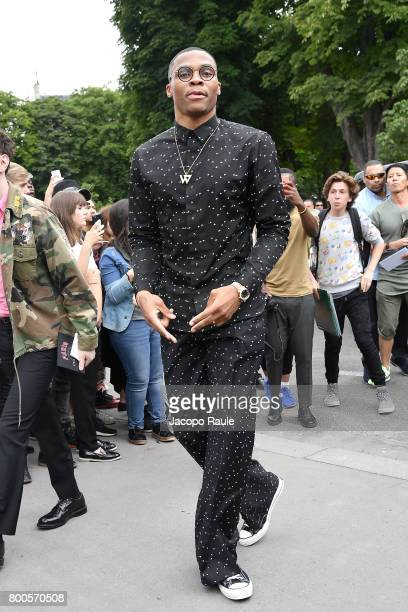 Russell Westbrook is seen arriving at Dior fashion show during Paris Fashion Week Menswear Spring/Summer 2018 on June 24 2017 in Paris France