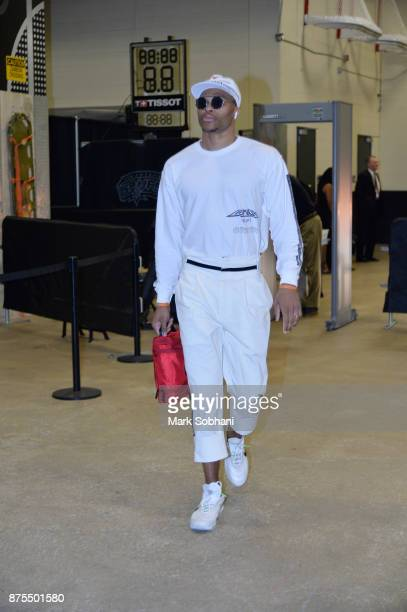 Russell Westbrook of the Oklahoma City Thunder arrives before the game against the San Antonio Spurson November 17 2017 at the ATT Center in San...