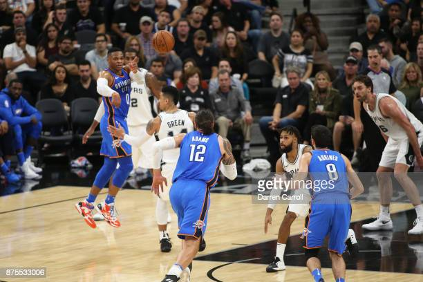 Russell Westbrook of the Oklahoma City Thunder passes the ball to Steven Adams of the Oklahoma City Thunder against the San Antonio Spurs on November...