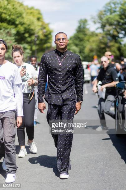 Russell Westbrook outside Dior Homme during Paris Fashion Week Menswear Spring/Summer 2018 Day Four on June 24 2017 in Paris France