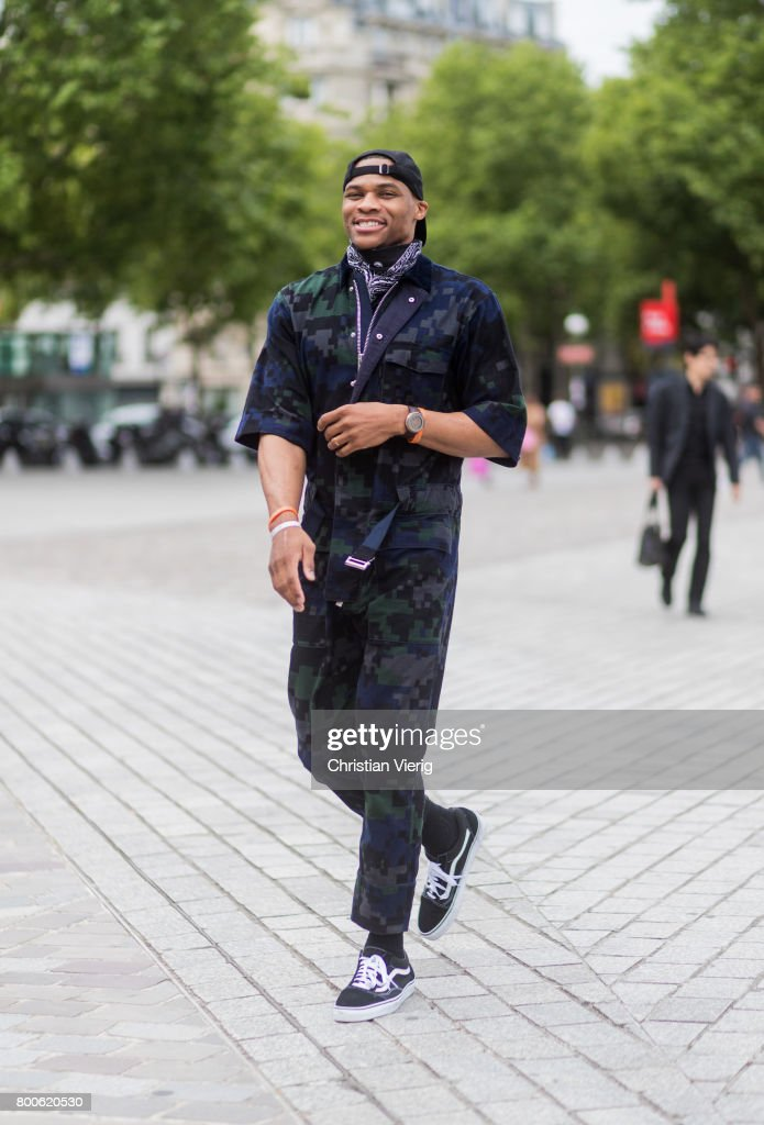 Russell Westbrook outside Sacai during Paris Fashion Week Menswear Spring/Summer 2018 Day Four on June 24, 2017 in Paris, France.