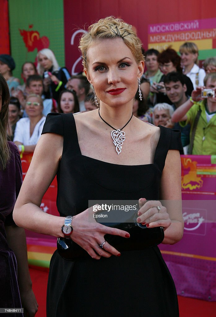 Russian actress Renata Litvinova attends the opening ceremony at the International Moscow Film Festival on June 21 2007 in Moscow Russia