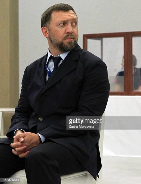 Russian billionaire and businessman Oleg Deripaska attends a RussianAustralian meeting ion November 11 2011 in Honolulu Hawaii The US is hosting this...