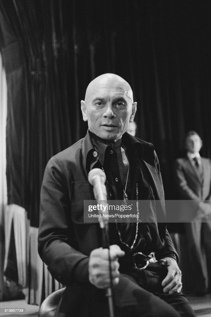 Russian born actor <a gi-track='captionPersonalityLinkClicked' href=/galleries/search?phrase=Yul+Brynner&family=editorial&specificpeople=204712 ng-click='$event.stopPropagation()'>Yul Brynner</a> (1920-1985) posed inside a theatre in the West End of London on 11th September 1978.