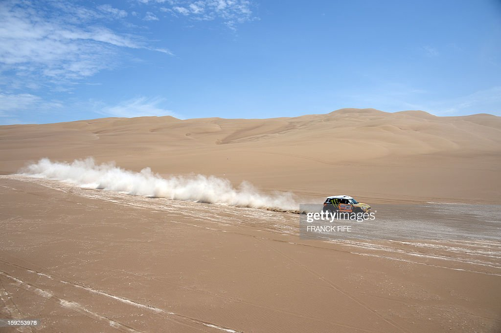 Russian driver Leonid Novitskiy powers his Mini during the Dakar 2013 Stage 6 between Arica and Calama, Chile, on January 10, 2013. The rally is taking place in Peru, Argentina and Chile from January 5 to 20.