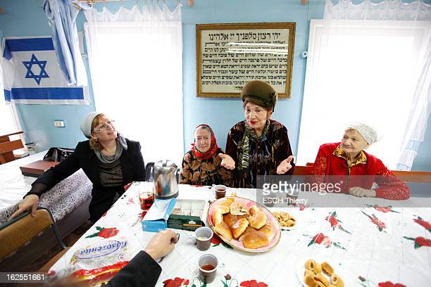 The Travel Of Marek Halter In The Small Jewish Autonomous Republic Of Birobidzhan Marek HALTER part à la rencontre des habitants de la petite...