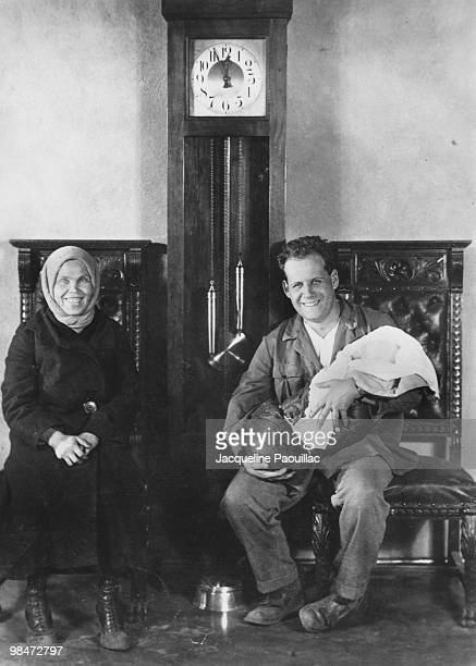 Russian film director Sergei Mikjailovich Eisenstein holding the child of actress Marfa Lapkina 1929 Lapkina starred in Eisenstein's film 'Staroye I...