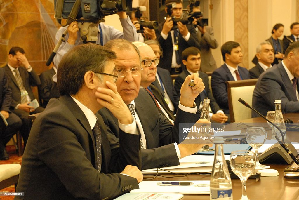 Russian Foreign Minister Sergey Lavrov (2nd L) attends Member State Foreign Ministers of Shanghai Cooperation Organization (SCO) meeting in Tashkent, Uzbekistan on May 24, 2016.
