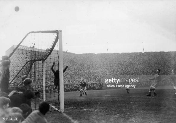 Russian goalkeeper Alexei 'Tiger' Khomich makes a spectacular save during Chelsea vs Moscow Dynamo at Stamford Bridge 13th November 1945 Dynamo the...