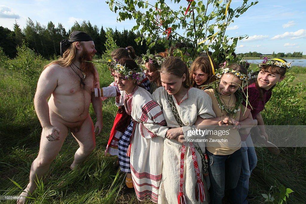 Top God In Russian Pagan 112