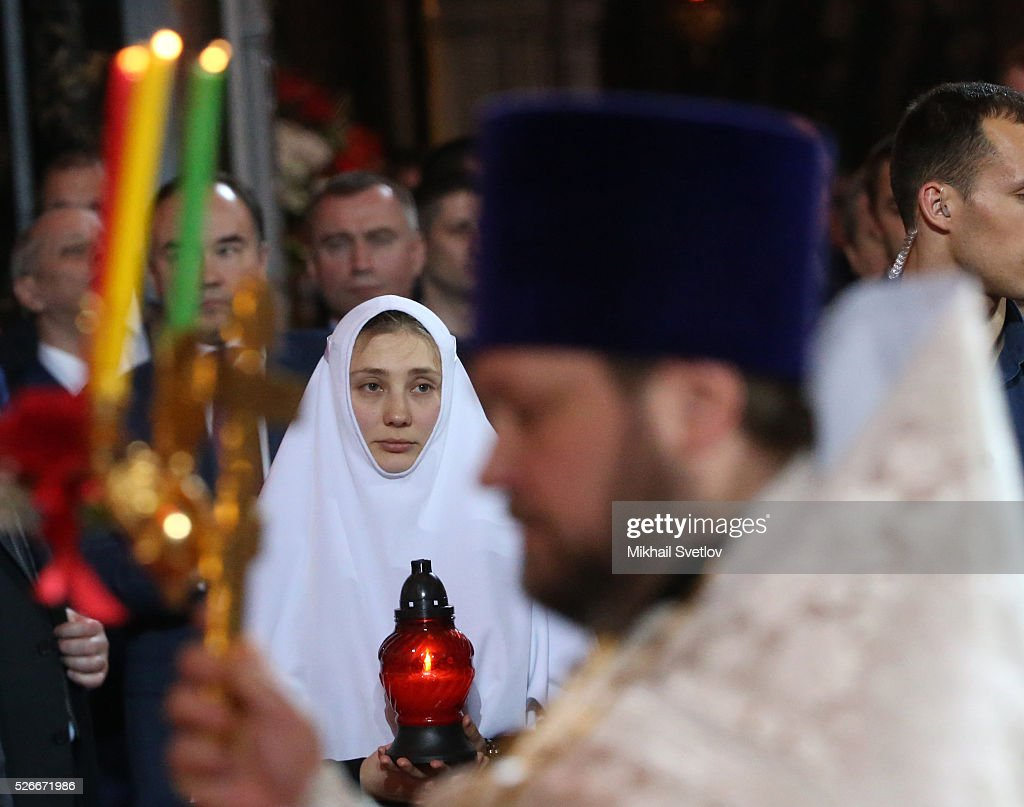 A Russian Orthodox nun attends an Orthodox Easter mass at the Christ The Saviour Catherdal, in Moscow, Russia, May,1, 2016. Russian President Vladimir Putin, Moscow Mayor Sergei Sobyanin, Prime Minister Dmitry Medvedev and his wife Svetlana took part an Orthodox Easter service held by Patriarch Kirill at the biggest Russian Orthodox Cathedral.