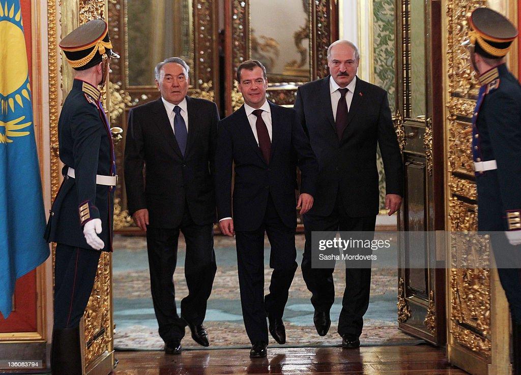Russian President Dmitry Medvedev Belarus's President Alexander Lukashenko and Kazakhstan's President Nursultan Nazabrayev enter the Yekaterininsky...
