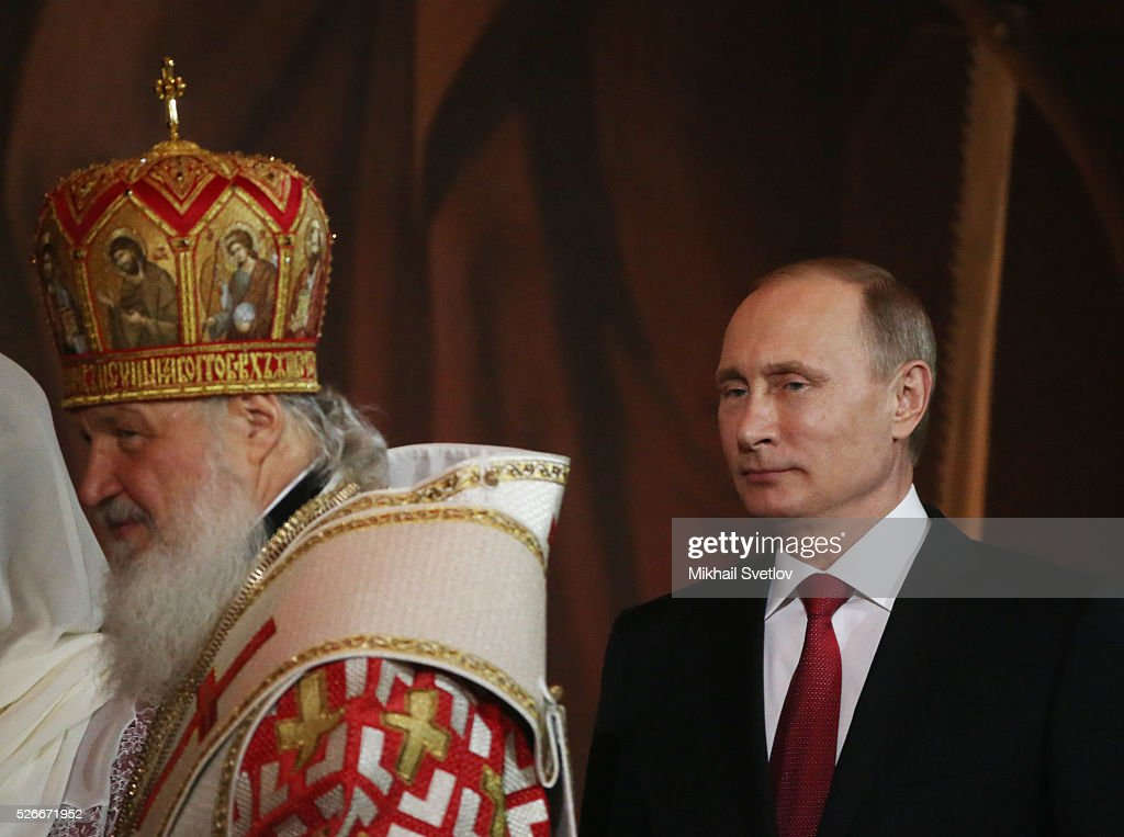 Russian President Vladimir Putin (R) and Orthodox Patriarch Kirill (L) attend an Orthodox Easter mass at the Christ The Saviour Catherdal, in Moscow, Russia, May,1, 2016. Russian President Vladimir Putin, Moscow Mayor Sergei Sobyanin, Prime Minister Dmitry Medvedev and his wife Svetlana took part an Orthodox Easter service held by Patriarch Kirill at the biggest Russian Orthodox Cathedral.