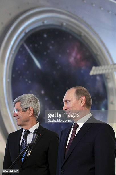 Russian President Vladimir Putin and President of the Committee on Space Research Giovanni Bignami visit the Cosmonautics Memorial Museum on April 11...