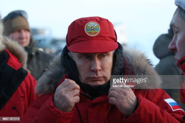 Russian President Vladimir Putin arrives to the polar camp at Alexandra Land Island on March 29 2017 in Franz Joseph Land in Acrtic Russia