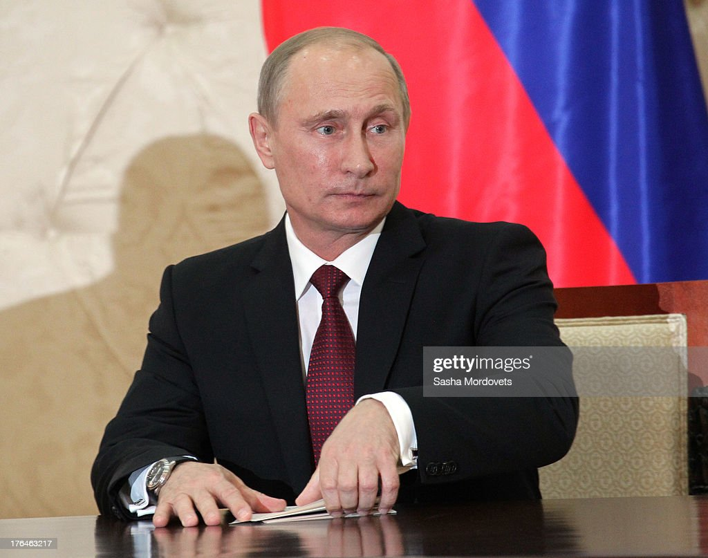 Russian President <a gi-track='captionPersonalityLinkClicked' href=/galleries/search?phrase=Vladimir+Putin&family=editorial&specificpeople=154896 ng-click='$event.stopPropagation()'>Vladimir Putin</a> attends a meeting with Azerbaijani President Ilham Aliyev August 13, 2013 in Baku, Azerbaijan. Putin is in Azerbaijan for a one-day state visit.