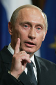 Russian president vladimir putin attends a news conference with picture id55316868?s=170x170