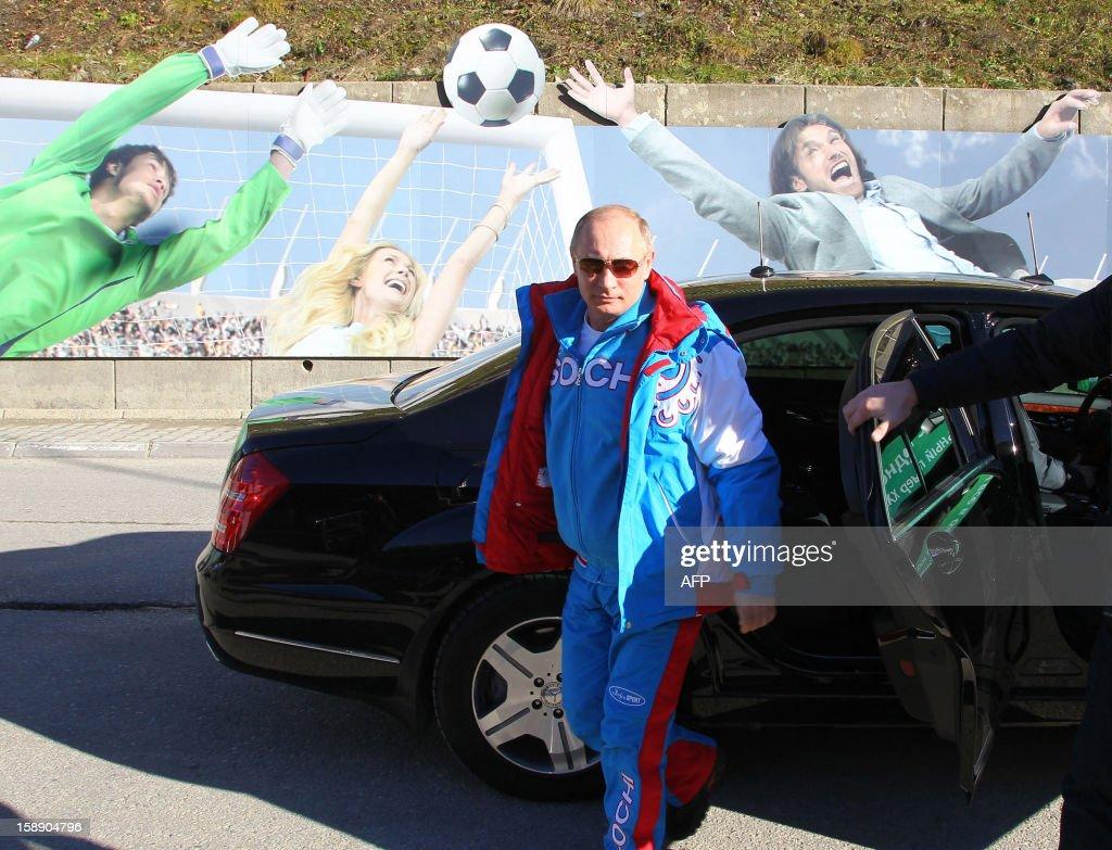 Russian President Vladimir Putin leaves a car during his visit to the mountain resort in Krasnaya Polyana outside the Russian Black Sea resort of Sochi on January 3, 2013. AFP PHOTO / RIA NOVOSTI / PRESIDENTIAL PRESS-SERVICE / MIKHAIL KLIMENTYEV