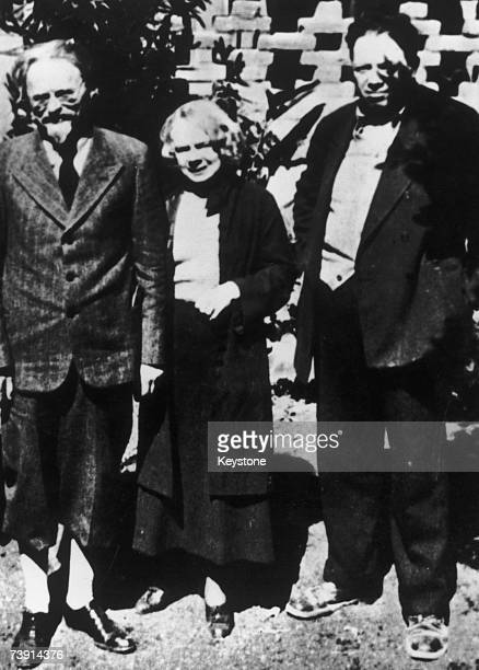 Russian revolutionary Leon Trotsky and his wife Natalia Sedova in exile in Mexico City with Mexican artist Diego Rivera 1937