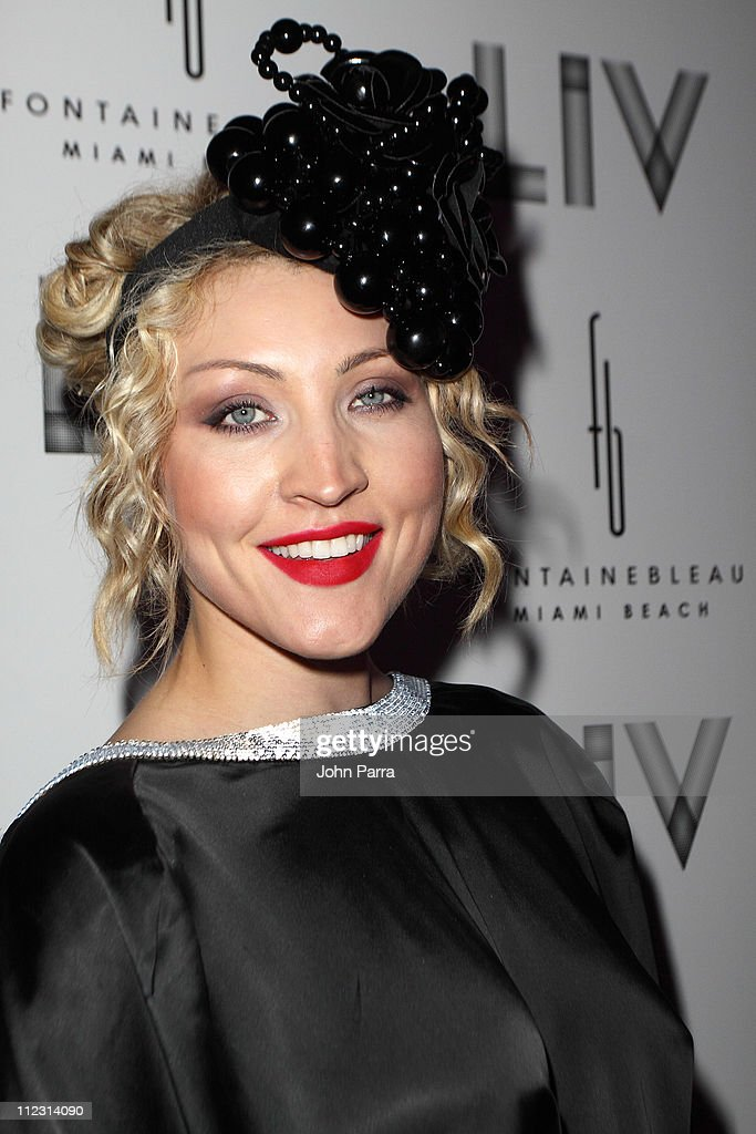 Russian singer Sasha arrives for New Year's Eve performance at Fontainebleau Miami Beach on December 31 2009 in Miami Beach Florida