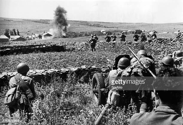 Russian soldiers fighting in caucasus world war ll