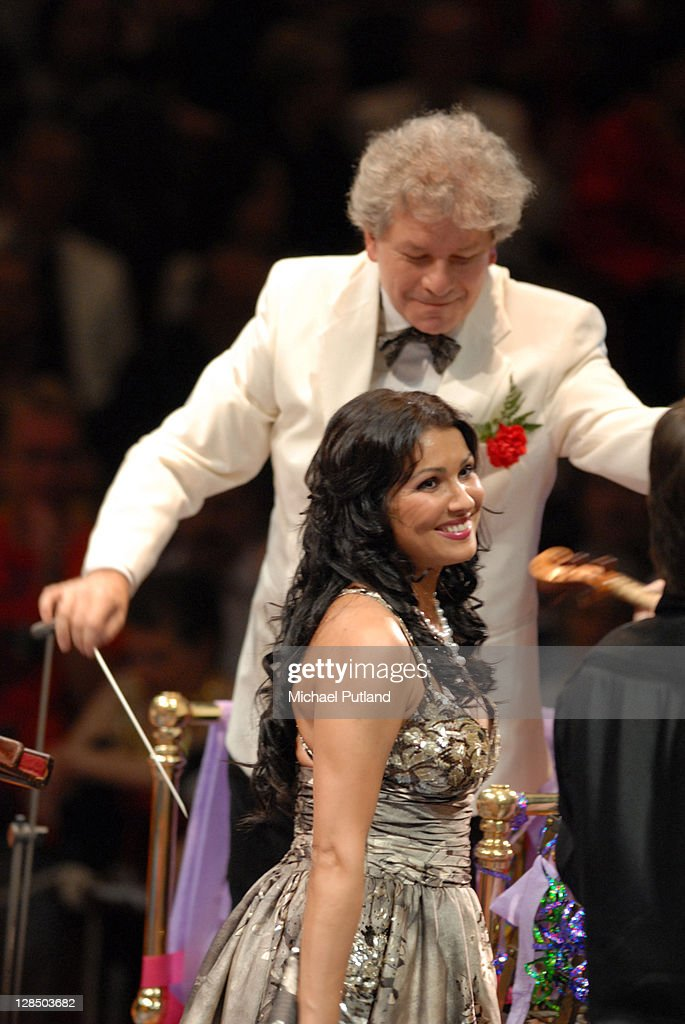 Russian soprano <a gi-track='captionPersonalityLinkClicked' href=/galleries/search?phrase=Anna+Netrebko&family=editorial&specificpeople=732328 ng-click='$event.stopPropagation()'>Anna Netrebko</a> performs on stage with conductor Jiri Belohlavek at the Last Night Of The Proms, Royal Albert Hall, London, 8th September 2007.